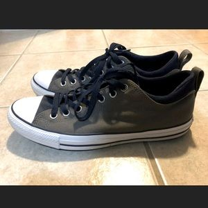 Converse Men's Size 10 Women's Size 12